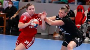 Vámos Petra (pirosban) hét gólt lőtt a Békéscsaba otthonában Forrás: DVSC