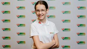 A 13 éves kétszeres korosztályos Eb-győztes és háromszoros vb-ezüstérmes sakkozó, Gaál Zsóka 2017 óta szerepel a támogatottak listáján Forrás: Mol Alapítvány