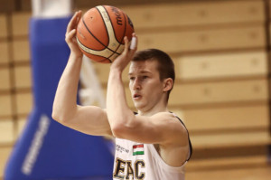 Somogyi Ádám (20) 6,3 pontot átlagolt az alapszakaszban Forrás: deac.hu