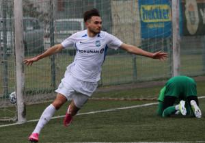 Bakos Zsombor ünnepli az egyik tavaszi gólját.. Forrás: sandorkaroly.hu