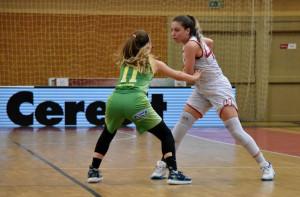 Oláh Fruzsina (17) a NB I/B Zöld csoportjában 18,1 pontot átlagol mérkőzésenként a felnőttek között Forrás: DVTK