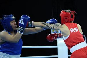 A pontozást követően Varga Boglárkát, az óvás után a kazah Didajt látták jobbnak a 75 kg-sok negyeddöntőjében Forrás: AIBA