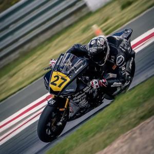 Kovács Bálint betegen is megőrizte vezető helyét a spanyol superbike-bajnokságban Forrás: H-Moto Team