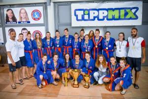 A Szentes ifjúsági bajnok leánycsapata Forrás: Szentesi Mozaik