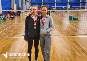 Vetor Nikol (jobbra) a Ludovika-kupa után. Forrás: Debreceni Tollaslabda Club (Facebook)