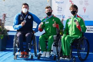 Középen az aranyérems Kiss Péter, az Európa-bajnokság eredményhirdetésén Fotó: Szalmás Péter / MKKSZ
