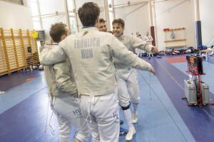 Az UTE junior kardcsapatának öröme Forrás: hunfencing.hu