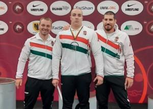 Bazsó Adolf (középen) bronzéremmel a nyakában Forrás: MBSZ