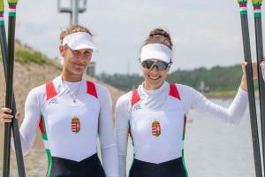 Fehérvári Eszter (balra) és Csepel Zsófia az ötödik helyen fejezték be a vb-t Forrás: MESZ