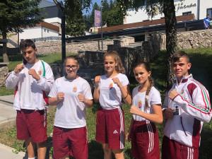 Az Eb-érmes ötösfogat (balról jobbra): Jóni Rikárdó, Budai Flóra, Varga Sára, Petrimán Patrícia, Deli Gergő Forrás: boxing.hu