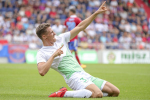 A középső védő első NB II-es gólját ünnepli Fotó: Török Attila