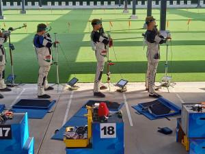 Az összetett világbajnok puskás fiúcsapat. Balról: Hammerl Soma, Kiss Viktor, Török Ferenc FORRÁS: MAGYAR SPORTLÖVŐK SZÖVETSÉGE